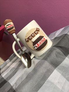 Nutella chocolate polymer clay handmade homemade mug spoon Fimo Clay, Polymer Clay Crafts, Handmade Polymer Clay, Cute Mug, Clay Cup, Polymer Clay Christmas, Clay Design, Cold Porcelain, Mug Designs