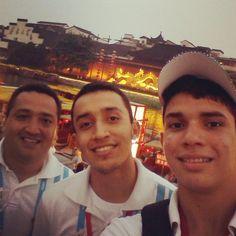 Parte de la delegación de baloncesto 3x3 en las calles de Nanjing-