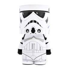 Official Star Wars Stormtrooper Look-Alite LED Desk Lamp / Night Light Stormtrooper, Darth Vader, Star Wars Kindergarten, Lampe Star Wars, Star Wars Zimmer, Star Wars Gadgets, Film Star Wars, Star Wars Nursery, Star Wars Jewelry