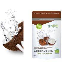 Coco Polvo (Agua) Biotona 200gr  *Biotona Bio Jugo de Coco Raw es una bebida natural muy desalterante que procede de agua de coco de Filipinas 100% raw y biológica. Los cocoteros (Cocos nucifera) crecen en las regiones sub-tropicales. Sus frutos, las nueces de coco, contienen mucho jugo (o agua de coco) justo después de madurar. El jugo o agua de coco de Biotona se liofiliza después de la recolección para obtener un polvo con un sabor muy próximo al del jugo fresco.