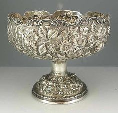Stieff repousse sterling silver centerpiece bowl hand chased with flowers and leaves against a fine stippled background. Bronze, Vintage Silver, Antique Silver, Silver Pooja Items, Silver Centerpiece, Silver Spoons, Or Antique, Antique Decor, Antique Items