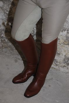 Any kinds of Leather gears Riding Boot Outfits, Riding Gear, Riding Boots, Tall Boots, Knee High Boots, Equestrian Boots, Mens Boots Fashion, Biker Leather, Girls Jeans