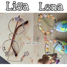 Lisa and Lena Lisa Or Lena, Teen Girl Outfits, Bff, Like4like, Lily, Hair Accessories, Fun Dog, Happy Fun, Unicorns