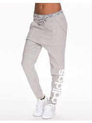 Adidas sweatpants 499kr