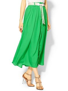 Bright green skirt with a neutral belt and sandals - simple and pretty!  #springfashion #ladylike