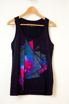 tee-shirt constellation  Imprimez votre image sur le papier transfert - Découpez pleins de triangles de différentes tailles