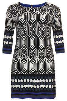 Kleedje #FrankLymann, verkrijgbaar bij  NR4 #GroteMaten Dames http://nr4.be/