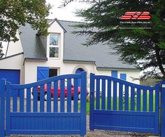 driveway gate in blue. This has a little cottage feel