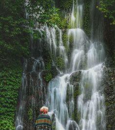 Satu lagi destinasi wisata alam yang indah yang ada di Banyuwangi. Bagi Anda yang sedang berkunjung kesini, jangan lupa untuk berkunjung ke Air Terjung Jagir yang terletak di Dusun Kampung Anyar, Desa Taman Suruh, Kecamatan Glagah, Kabupaten Banyuwangi. Di sini, pengunjung dimanjakan dengan panorama alam yang indah, air terjun dengan pemandangan alam yang masih asri. Waterfall, Outdoor, Outdoors, Waterfalls, Outdoor Games, The Great Outdoors