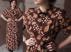 Vintage 1940s Dress // 30s 40s Tropical Tiki Hawaiian Print Brown Rayon Gown // Bow Collar Dressing Gown // DIVINE