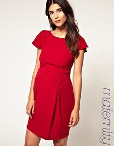 maternity red dress ahahahah i know i suuuuure didn't look like this preggers....ahahahahahha