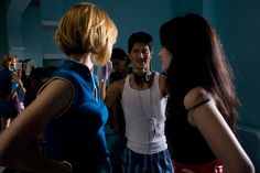 Haley Bennet and Roxanne Mesquida get ready for action. In the middle is Director Gregg Araki(Nowhere, Doom Generation, Mysterious Skin)