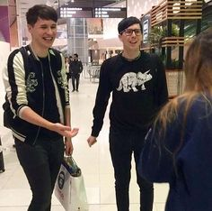 Can we just appreciate Phil for a moment.. THE GLASSES AND THE JUMPER ASDJGFcjc