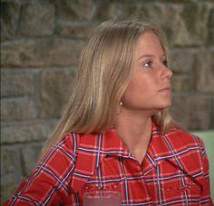 Eve Plumb as Jan Brady 60s Sitcoms, Marsha Brady, Eve Plumb, Robert Reed, Maureen Mccormick, Blonde Bangs, Blonde Moments, The Brady Bunch, Old Tv Shows