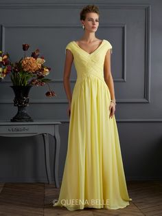 A-Line/Princess Short Sleeves V-neck Beading Sweep/Brush Train Dresses