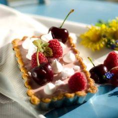 Raspberry Panna Cotta Tartlets