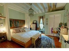 love. via @Zillow. I love the ceiling again in this room. It just looks like someplace that is not to much and very relaing. Its so unique.