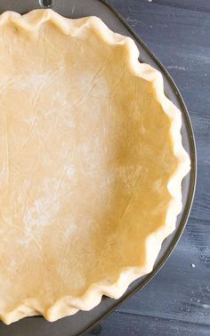 Easy All Butter Pie Crust. Delicious, easy to roll, flaky, buttery crust with no mess! Conquer your fear of crust with this tip filled recipe and video! How To Make Pie, Food To Make, Pie Crust Recipes, Pie Crusts, All Butter Pie Crust, Best Pie, Homemade Pie, Dessert Recipes, Desserts