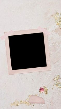 Polaroid Picture Frame, Polaroid Pictures, Polaroids, Photo Frame Wallpaper, Framed Wallpaper, Collage Background, Flower Background Wallpaper, Instagram Frame Template, Photo Collage Template