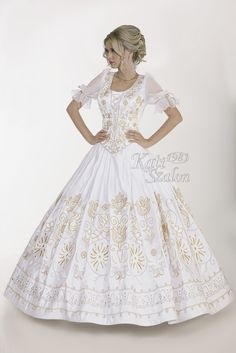 315 menyasszonyi ruha - Kati Szalon Cinderella, Wedding Dress, Disney Princess, Disney Characters, Bride Groom Dress, Bridal Gown, Marriage Dress, Wedding Dresses, Wedding Dressses