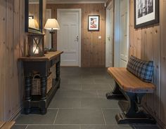 Roger's Hytteside - Den ferdige hytta Winter Lodge, Living Spaces, Living Room, Lake Cottage, Decoration, Modern Rustic, Entryway Tables, House Ideas, Relax