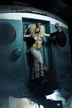 Laura winner of America's Next Top Model 2012