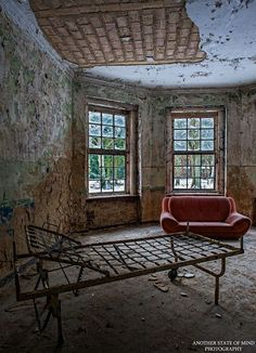 This is a collection from an amazing photographer who photographs old abandoned buildings. These images are beautiful in a unique an creepy way. These images allow us to explore the building without ever having to leave our own homes. The photographer has a Facebook page that you can follow if you want to see more …