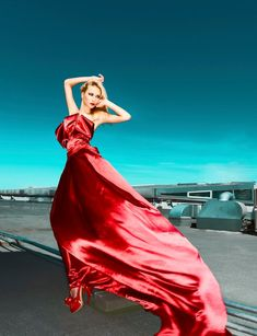 SUMMER & EVENING MAXI DRESS - red and flowy!