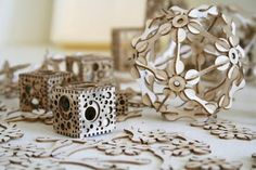 'cubes & spheroids' modular structures by jared tarbell