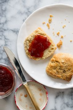 Brown Butter Biscuits | Biscuit recipe | Spoon Fork Bacon