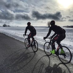"""Ride in to the sun. Perfect winter mood... Go hard and ride with us. @alaincovi #cycling #perfect -->"