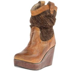You can't go wrong with the vintage-inspired look of the bed:Stu Bruges wedge boot. This eye-catching women's pull-on boot features a leather upper with woven …