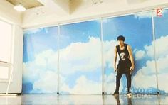 Tao and his wushu skills on french t.v.