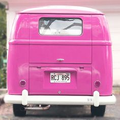 Found my dream car in Hawaii, complete with a  tag. Don't be jelly...there's room for all of us in my new cookiemobile #lovebus