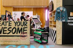 We took our showroom down to Birmingham Design Festival, as well as giving you the chance to screen print a bag! Design Festival, Birmingham, Showroom, Screen Printing, Events, Bag, Screen Printing Press, Purse, Silk Screen Printing