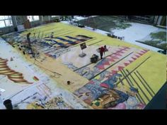 A time-lapse of artists painting the scenic cloth for Laurent Pelly's Royal Opera production of Robert le diable - condensed from 200 hours to two minutes.
