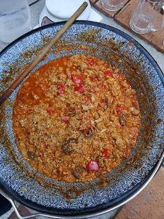 Bográcsos lecsó Curry, Cooking Recipes, Foods, Drinks, Ethnic Recipes, Food Food, Drinking, Curries, Food Items