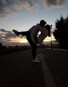 Cute Teen Couples, Teenage Couples, Cute Couples Photos, Cute Couples Goals, Tumblr Couples, Teen Couple Pictures, Couple Goals Teenagers, Prom Pictures, Vintage Couple Pictures