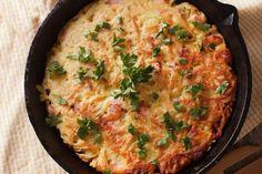 La frittata di patate farcita è un secondo piatto molto particolare che vi permetterà di portare a tavola qualcosa di originale e sfizioso. Ecco la ricetta