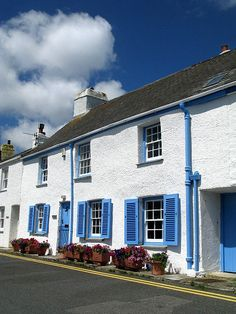 Cottages in Lower Castle Street, St. Mawes, Cornwall, England
