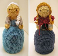 Frozen Queen Elsa and Princess Anna topsy-turvy crochet doll pattern by gensquared - $4 pattern