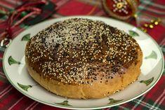 η πολιτικη βασιλοπιτα της Μαμικας Christmas Desserts, Christmas Time, Greek Recipes, Bagel, Recipies, Dessert Recipes, Cooking Recipes, Bread, Food