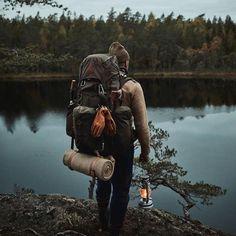 Bushcraft Pack, Bushcraft Camping, Camping And Hiking, Hiking Gear, Hiking Backpack, Backpacking, Outdoor Men, Outdoor Camping, Camping Aesthetic