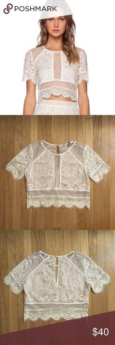 73d3d0d2c5afad LOVERS+FRIENDS - NWOT Ella Lace Crop Top - Ivory Gorgeous scalloped lace  crop top
