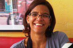 Adiós, Mirka Negroni: Muere destacada activista contra el VIH/sida. Mario Alberto Reyes | Sin Etiquetas, 2015-10-07 http://sinetiquetas.org/2015/10/07/adios-mirka-negroni-muere-destacada-activista-contra-el-vihsida/