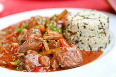 Strogonow - pyszny przepis Catering, Japchae, Crockpot Recipes, Food And Drink, Meat, Chicken, Dinner, Cooking, Ethnic Recipes