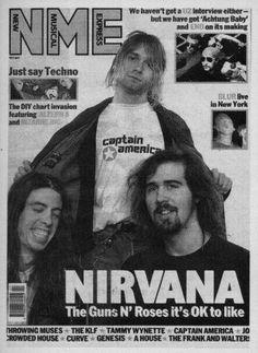 November 8 1991 Nirvana get photographed by AJ Barratt for 'NME' in London. Room Posters, Poster Wall, Poster Prints, Rock Band Posters, Breaking Benjamin, Papa Roach, Nirvana Kurt Cobain, Garth Brooks, Photo Wall Collage
