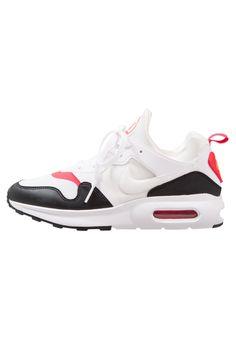 outlet store 62973 9599d ¡Consigue este tipo de zapatillas de Nike Sportswear ahora! Haz clic para  ver los
