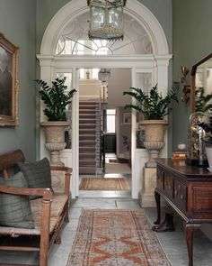 With soaring ceilings, antique light fittings, restored Georgian fireplaces and wall finishes by and… Townhouse Interior, Georgian Townhouse, Georgian Homes, Georgian Architecture, Beautiful Architecture, Interior Architecture, Georgian Fireplaces, Interior Exterior, Interior Design