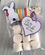 Bunny tails traktatie - Homemade by Joke Bunny Tail, Easter Treats, Happy Easter, Place Cards, Place Card Holders, Activities, Blog, Fashion Styles, Happy Easter Day